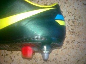 Oprava kopaček - Nike Mercurial Vapor - oprava utrženého rotaxu a prošití paty